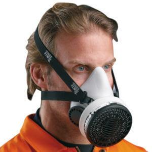Sundstrom half mask respirator with filter